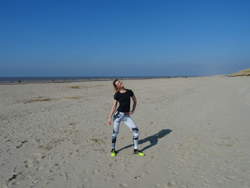 Travel WOD aan Zee - Cross My Heart